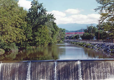 Photograph - The Pigeon River by D Hackett