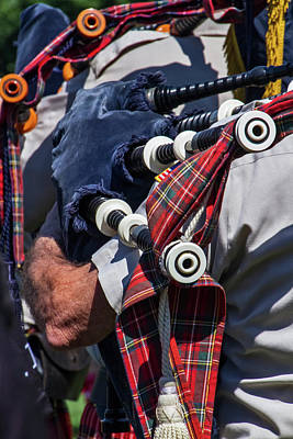Photograph - The Pipes Are Calling by Bob Slitzan
