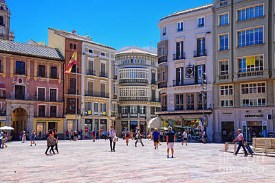 Sunday Afternoon Photograph - The Plaza On A Sunday Afternoon by Mary Machare