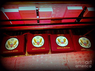 Photograph - The Presidential Pew by Ed Weidman