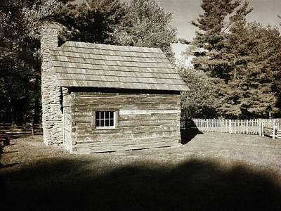 Pucketts Photograph - The Puckett Cabin by George Martinez