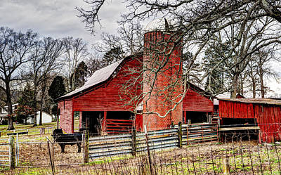 Photograph - The Red Barn by Paul Mashburn