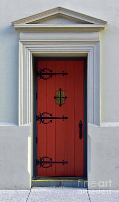 Photograph - The Red Door by D Hackett