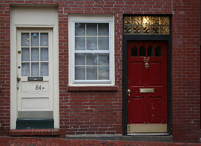 Julia Lueders Photograph - The Red Doors Of Boston 1 by Julie Lueders