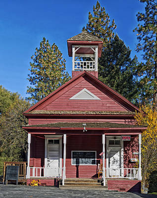 Old Schoolhouses Photograph - The Red Schoolhouse by Mountain Dreams