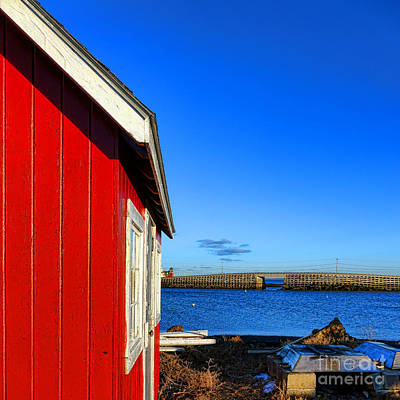 Harbor Bridge Wall Art - Photograph - The Red Shack And The Cribstone Bridge by Olivier Le Queinec