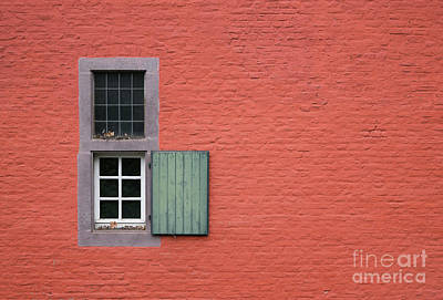 Photograph - The Red Wall by Giovanni Malfitano
