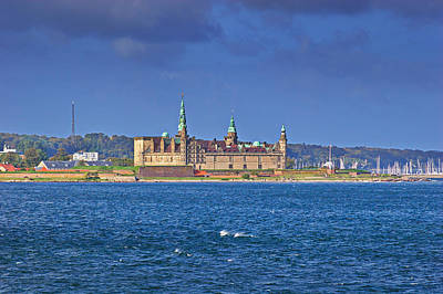 Fantasy Royalty-Free and Rights-Managed Images - The Renaissance castle Kronborg in Helsingoer by Ulrich Kunst And Bettina Scheidulin