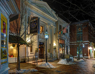 Photograph - The Ri Ra Pub by Jeff Stallard