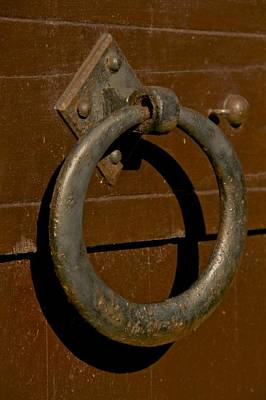 Pull Ring Photograph - The Ring by Odd Jeppesen