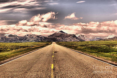 Photograph - The Road Into Paradise by Jeff Swan