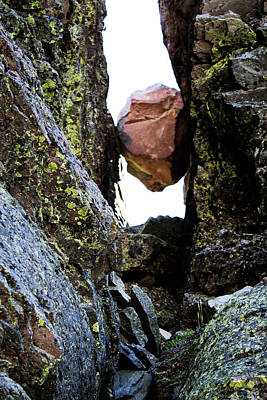 Photograph - The Rock Got Stuck by Edward Hawkins II
