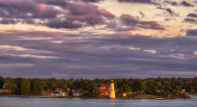 Photograph - The Rock Island Lighthouse by Mark Papke