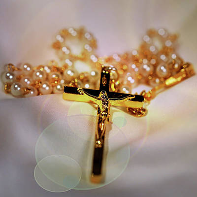 Photograph - The Rosary by Judy Vincent