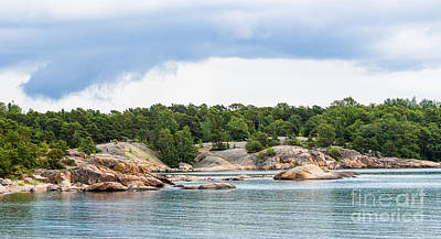 Photograph - The Seashore Cliffs Of Hanko by Ismo Raisanen
