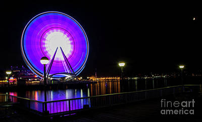Photograph - The Seattle Great Wheel by Deborah Klubertanz
