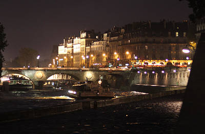 Mauverneen Blevins Photograph - The Seine At Night by Mauverneen Blevins