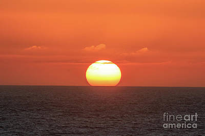 Photograph - The Setting Sun by Jennifer Ludlum