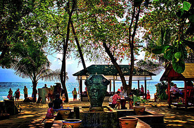 Photograph - The Shade Of Chaweng Beach by Joseph Hollingsworth