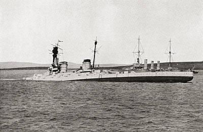 The Sinking Of The German Battlecruiser Art Print