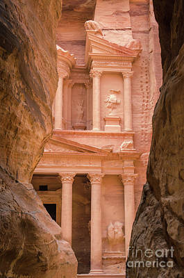 Photograph - The Siq And Treasury Petra, Jordan 2 by Perry Rodriguez