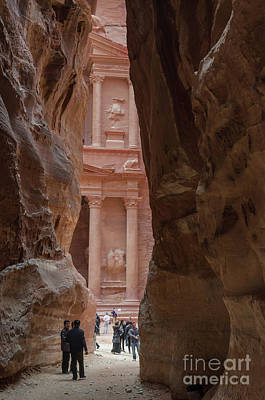 Photograph - The Siq And Treasury Petra, Jordan by Perry Rodriguez