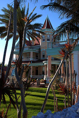 Pink Photograph - The Southernmost Hotel  by Susanne Van Hulst