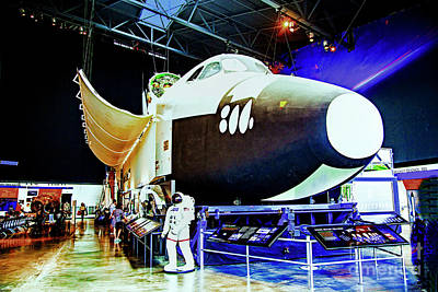 Photograph - The Space Shuttle by Rick Bragan
