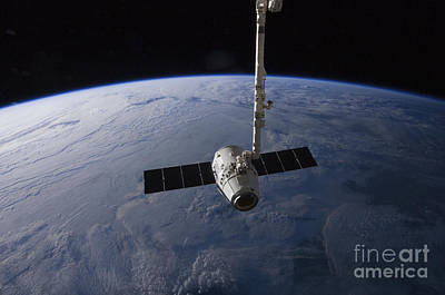 Component Photograph - The Spacex Dragon Cargo Craft by Stocktrek Images