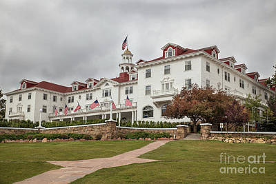 Photograph - The Stanley Hotel by Lynn Sprowl
