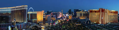 Mirage Photograph - The Strip Las Vegas Dusk by Steve Gadomski