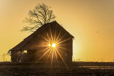 Photograph - The Sun Rises by Garett Gabriel