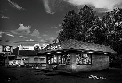 Cherokee County Photograph - The Sweet Tooth In Black And White by Greg Mimbs