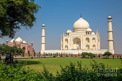 Photograph - The Taj Mahal And It's Garden by Rene Triay Photography