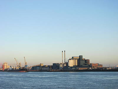 The Tate And Lyle Sugar Factory -silvertown - London Original
