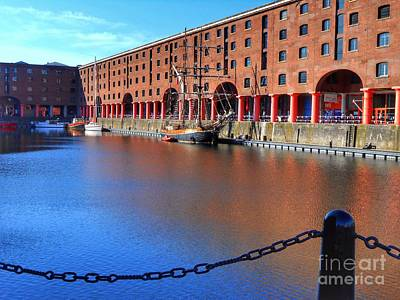 Photograph - The Tate Gallery At Albert Dock by Joan-Violet Stretch