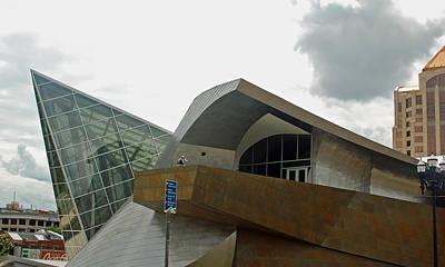 Museum Of Art Digital Art - The Taubman Museum Of Art In Roanoke Virginia by Suzanne Gaff
