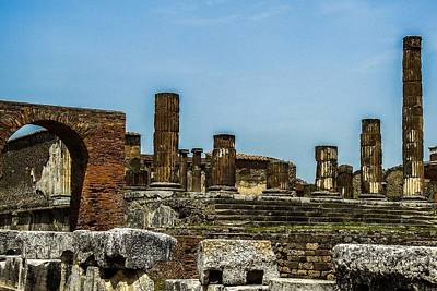 Photograph - The Temple Of Jupiter In Pompeii by Marilyn Burton