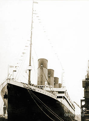 Titanic Photograph - The Titanic Departing From Southanpton On Her Maiden Voyage by English School