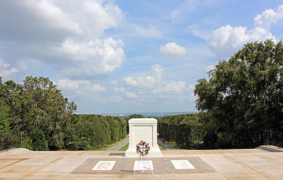 Photograph - Known But To God -- The Tomb Of The Unknown Soldiers by Cora Wandel
