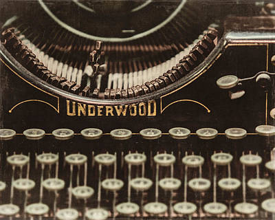 Underwood Typewriter Photograph - The Underwood by Lisa Russo