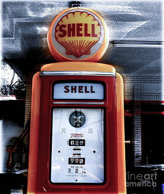 Manipulation Photograph - The Vintage Shell  by Steven Digman