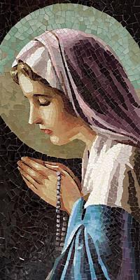 Il Sassoferrato Painting - The Virgin In Prayer by Mai Nhon
