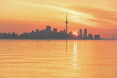 Photograph - The Wait Is Over - Split Sunrise Behind Toronto Skyline by Georgia Mizuleva