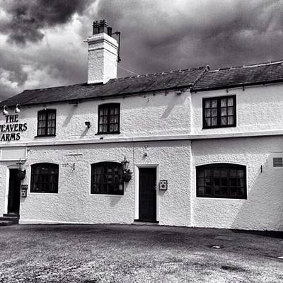 Photograph - The Weavers Arms, Fillongley by John Edwards