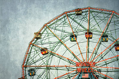 Photograph - The Wheel Of Time by Evelina Kremsdorf