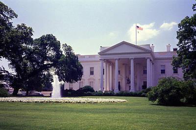 The White House Front Lawn Art Print by Richard Singleton