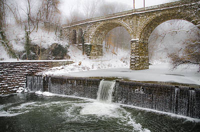 The Wissahickon Creek At Ridge Avenue In The Snow Print by Bill Cannon