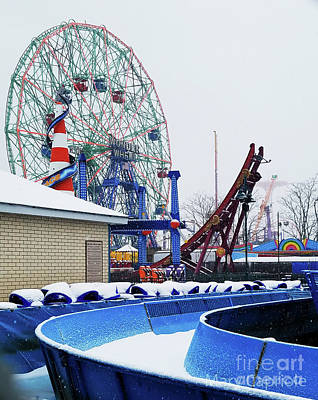 Photograph - The Wonder Wheel by Mary Capriole