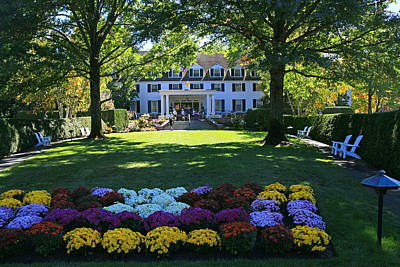 Photograph - The Woodstock Inn by Allen Beatty